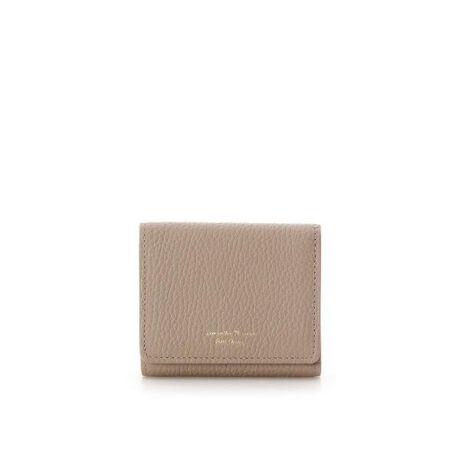 """[型番:00122020266012]◇Samantha Thavasa Petit Choice(サマンサタバサプチチョイス)の【Itarian Leather Series】ミニ折財布イタリアレザーシリーズの登場。柔らかくて風合いの良いイタリアレザーを使用し、手触りが良く上質なレザーで気品漂うシンプルデザインシリーズ。イタリアレザーの証である""""Genuine Itarian Leather""""の文字を内装に箔押ししています。ミニ折財布は、3枚のカード段付き。手に馴染むコンパクトサイズで、使い勝手抜群なサイズ感。"""