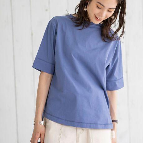 コーエンの多機能付きUSAコットンプレーティング5分袖Tシャツ#。UVカット・吸水速乾・接触冷感機能の着回しアイテム■デザイン適度に大きさを付けたサイズ感のカットソーは、素材の風合いを生かしたシンプルなデザイン。季節の変り目に重宝する5分袖はほんのりドロップショルダーでリラックス感のある一枚です。■素材表はUSAコットン綿、裏側にポリエステル糸を合わせたプレーティングを施している為、味わいのある素材になっています。UVカット・吸水速乾・接触冷感の多機能を持ち合わせた新素材です。*・*・*・*・*・*・*・*・*・*・*・*・*・*【COTTON USAは、より環境に配慮した地球にやさしいコットン】サステナビリティ(持続可能性)と公正な労働慣行の厳守をお約束します。アメリカはサステナブル(持続可能)な農法により公共な労働環境の下で綿花の栽培をしています。彼らの畑は何世代に渡り、家族の中で受け継がれてきました。これを未来の世代のために守るため懸命な努力を重ねています。*・*・*・*・*・*・*・*・*・*・*・*・*・*■スタイリングシンプルデザインの為パンツのシルエットや柄は問わず着用可能。裾はさりげないラウンドヘムなので、ボトムアウトスタイルもおすすめです。................................透け感:なし生地の厚さ:普通光沢感:なし裏地:なし伸縮性:なし家庭洗濯:可能(ネット使用)...............................【注意点】※撮影商品はサンプルの為、実際の仕様と異なる場合がございます。※画像の商品は光の照射や角度、お使いのモニター環境により、実物と色味が異なる場合がございます。スタジオ物撮りの画像が実物の色味に一番近くなっております。※予約商品の場合、実店舗への入荷は「お届け予定」とほぼ同時期となりますが、実店舗への入荷が前後する場合もございま[型番:76256130122]