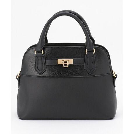 エニィスィスの【2WAY】レディユースブガッディ バッグ。毎年人気のブガッティ型!きちんと感をプラスしてくれるきれいめバッグ■デザインかっちりとした上品なデザインなので、セレモニーシーンやお仕事にもおすすめのブガッティバッグです。異素材コンビがさりげないポイントになっています。マチもしっかりあり、内ポケットも充実しているので収納力抜群のアイテムです。付属のショルダーを付ければ肩掛けもできる2WAY仕様。コーディネートを選ばない万能アイテムです。※商品画像はサンプルを使用しているため、色味やサイズ等の仕様に変更がある場合がございますので、予めご了承ください。¥[型番:BOW6IM0302]