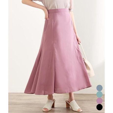チルの切替デザインフレアスカート。裾に向かって広がるフレアシルエットで女性らしさ際立つロングスカート。歩いた時の揺れ感が奇麗に出るのもポイントです。【STYLING】Tシャツを合わせたカジュアルスタイルや、ブラウスやシャツなどと合わせたキレイめコーデなど、様々なスタイリングにマッチします。【DETAIL】裏地がついているので透け感も気になりません。後ろファスナーで着脱も楽チン◎ふわっと軽い素材感なので重たくなりすぎないのもポイント。<モデルの身長>157cm※ストレッチなし※裏地あり※ウエスト後ろゴムあり/バックファスナーあり※商品のお取扱いに関しましては、商品に付属のアテンションカード、洗濯ネームをご覧ください。※モデル着用画像は光の当たり具合で色味が違って見える場合がございます。実物の商品の色味はマネキン着用画像をご参照ください。[型番:0515200019]
