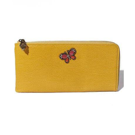 アナスイのジョイ 薄マチ長財布カラフルな発色と、軽さが魅力的なゴートレザー(山羊革)を使い、POPなブローチがハッピーな気分を高めてくれるシリーズです。革の軽さを活かし人気の薄マチ長財布と、口金タイプの名刺入れの二型をご用意。口金タイプの名刺入れは、カード入れとしても使えます。[型番:315590] 【ANNA SUI / アナ スイ / アナスイ】
