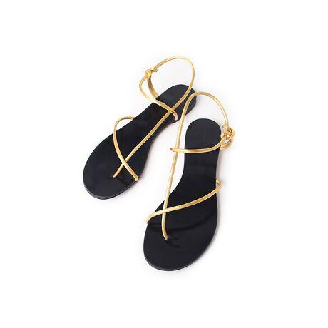 [型番:32421062003]シンプルなデザインがどんなスタイルにも合わせやすいトングサンダル。ペタンコ靴でも華奢なストラップが脚を綺麗に女性らしく見せてくれます。デニムやワンピースなど大人のリラックススタイルにぴったりです。【LAOCOONTE/ラオコンテ】良質なスペイン製サンダルをヨーロッパひいては世界中に輸出しているラオコンテ。スペインはその温暖な気候から古くからサンダルの生産が盛んです。ラオコンテもそのひとつで高い技術を擁した職人と最新の工場設備で日々良質なサンダルを生産し続けています。