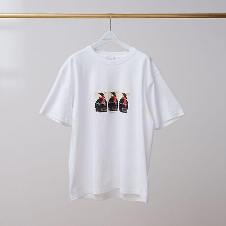 [型番:00426021004]【素材】上質なコットン100生地を使用。肌触りが良く着心地に優れています。【デザイン】アンリ・ド・トゥールーズ=ロートレック没後120年にフォーカスして作られたTシャツ。胸に大きくロートレックの作品「アンバサドールのアリスティード・ブリュアン」のプリントが施されています。【アンリ・ド・トゥールーズ=ロートレック 1864-1901】フランスの画家、版画家、イラストレーター。カラフルな色彩が特徴で、ポール・セザンヌ、ファン・ゴッホ、ゴーギャンとならんで後期印象派の代表的な作家の一人として知られている。また、アール・ヌーヴォーのイラストレーターであり、リトグラフ作家として活躍。19世紀後半のパリにおけるボヘミアン・ライフスタイルの様子を描写した。