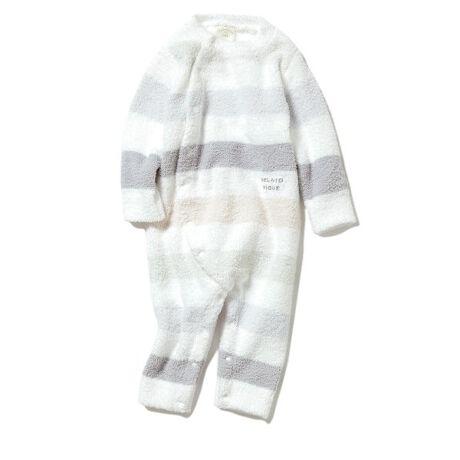"""[型番:PBNO211442]<b>【スナップボタンでお着替え簡単なハッピーボーダーロンパース】</b> <b>【Fabric】</b>ふんわりと軽く柔らかなベビモコ素材を使用しました。春を感じるピンクとブルーの2色展開です。 <b>BABY MOCO(ベビモコ)</b>…「子供たちにもgelato piqueの洋服を届けたい」という想いから生まれた、羽毛のように軽くふんわりとした""""ベビモコ""""。生え立てのようにライトな短毛で、ふっくらとしたボリュームと繊細な質感を表現した、夢のようなタッチのMOCO MOCOです。<b>【Design/Styling】</b>空気を纏うように柔らかいタッチが魅力のベビモコ素材と優しいパステルカラーで、一足早く春の訪れを感じられるハッピーボーダーシリーズ。出産祝いにもよろこばれるロンパースは、着脱が簡単なスナップボタン仕様。お着替えやおむつ変えをスピーディに行うことができる、ママに嬉しい機能性を備えました。同シリーズでママ・キッズラインをご用意しているので、ご家族おそろいのコーディネートがお楽しみいただけます。※商品画像はサンプルのため、色味やサイズ等の仕様に変更がある場合がございますので、予めご了承ください。※照明の関係により、実際よりも色味が違って見える場合があります。またパソコン・スマートフォンなどの環境により、若干製品と画像のカラーが異なる場合もございます。予めご了承ください。商品の色味は、商品単品画像をご参照下さい。"""