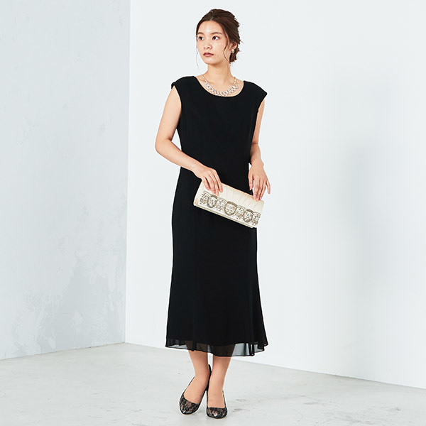 シンプルIラインドレス