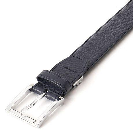 CK カルバン・クライン(ベルト)(CK CALVIN KLEIN)のドレスベルト。表面にペブルの型押し革を使用したシンプルなレザーベルトです。ボリューム感のあるバックルに高級感のあるクロームメッキを施してあります。[型番:CKB-1032]