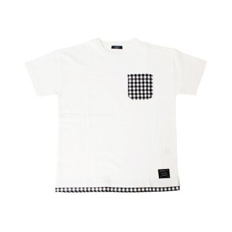[型番:3711272]綿100%のオーソドックスな天竺素材を使用した半袖Tシャツです。肩を落としてラフに着られるゆったりめのサイジングで、旬なコーディネートを作り出してくれます。1枚でスタイリングがキマるレイヤードデザインで、コーディネートに悩むことなく、オシャレなスタイルの完成◎ポケット部分にはカラー毎に異素材を使用し、今シーズン注目の「くすみカラー」も取り入れました。さらに定番のボーダー柄もラインナップ♪楽ちんなのにオシャレに見える優秀アイテムは、1枚持っていると重宝すること間違いなしです。【伸縮性】あり【モデル】身長161cm、体重40kg、着用サイズ:160cm(ブルー)身長145cm、体重31kg、着用サイズ:150cm(コン)