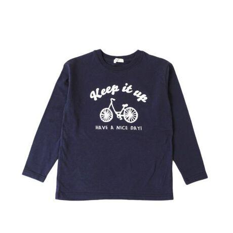 [型番:3911201]当店オリジナルブランド「S&H」から、大人気のプリント半袖Tシャツの登場です♪トレンドのくすみカラーに、ロゴや、イラスト、カジュアルからストリートテイストまでバリエーション豊富なラインナップ!男の子も女の子も着用しやすいよう、デザイン・カラーにもこだわりました◎綿100%で肌触りも良く快適に着用いただけます。元気なお子様の洗い替え用として、また通園・通学用としても手に取りやすいロープライスも嬉しいポイントです♪ベーシックなシルエットでデイリー使いにとっても便利なTシャツは、デニムやチノパンツ、ロングスカートなど・・・どんなボトムとも相性抜群!大きめサイズを選んでゆったり着用するのもオススメです◎幅広いデザインとサイズ展開で、兄弟姉妹やお友達とのお揃いコーデにも最適です。毎日の着用にもピッタリのアイテム!ぜひ一度お試しください♪【伸縮性】あり【モデル】身長127cm 着用サイズ:130cm(男の子)身長125cm 着用サイズ:130cm(女の子)
