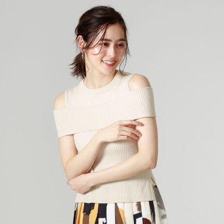 キャストのリブコンビニット。【Design/Styling】綿混の素材を使用したリブニットトップス。気になる二の腕をカバー出来るところも嬉しいポイント。ボディーはコンパクトなので、スカートにもパンツにも合わせやすいデザインです。シンプルながらも個性と女性らしさを引き立てるアイテムです。【Fabric】定番の綿アクリル素材にストレッチ性をプラスし、着心地の良い素材を使用しています。手洗い可能なところも嬉しいポイント。※この商品はサンプルでの撮影を行っています。実際の商品とイメージ、サイズ、品質表示、原産国等が異なる場合がございます。※店頭及び屋外での撮影画像は、光の当たり具合で色味が違って見える場合があります。商品の色味は、スタジオ撮影の画像をご参照ください。モデル:H172 B75 W60 H83 着用サイズ:M[型番:N5N12306__]