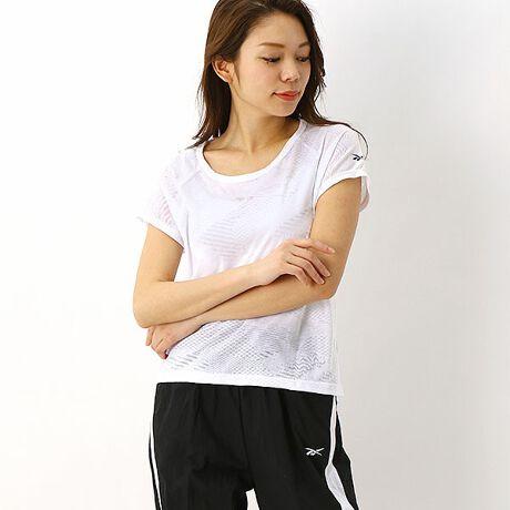 リーボック クラシック(REEBOK CLASSIC)の【Reebok(リーボック】 Tシャツ(TS BO TEE )。アシンメトリデザインのTEE。レイヤリングに最適[型番:FK7057]